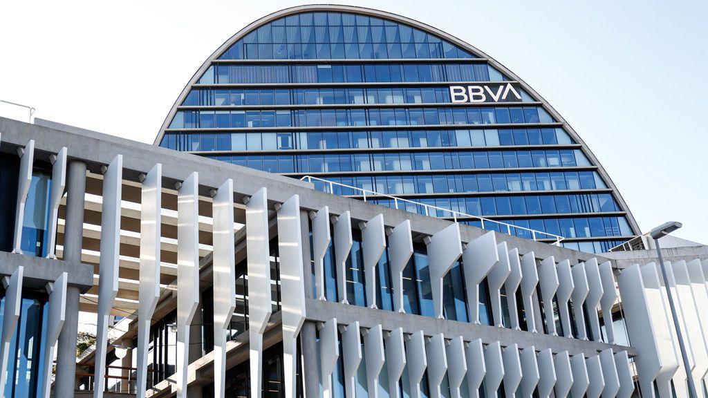 Hipotecas, cuentas o tarjetas: ¿qué efecto tendrá en el cliente la fusión de BBVA y Sabadell?