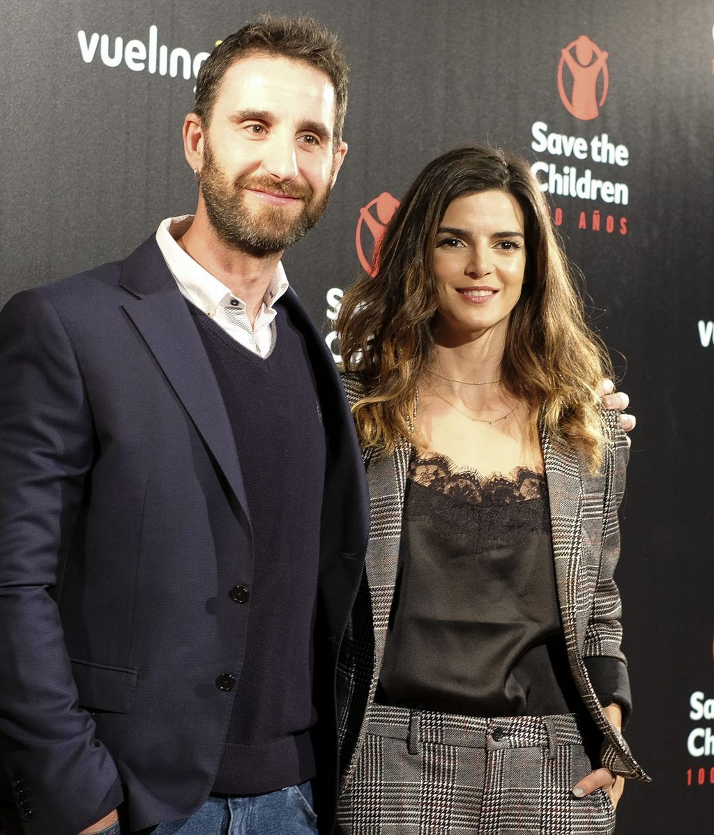 Dani Rovira y Clara Lago, en un evento para 'Save the Children'