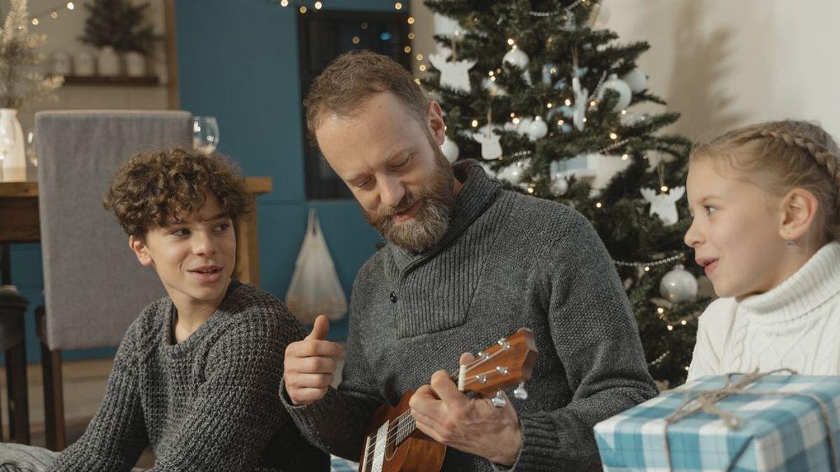 Cantar villancicos, riesgo de contagio por aerosoles en Navidad