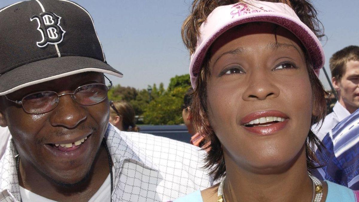 La tragedia golpea de nuevo a la familia de Bobby Brown y Whitney Houston: muere su hijastro con 28 años