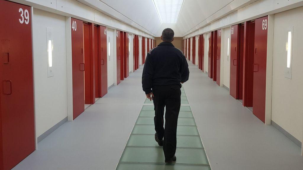 Así funciona el protocolo antisuicidios en las cárceles