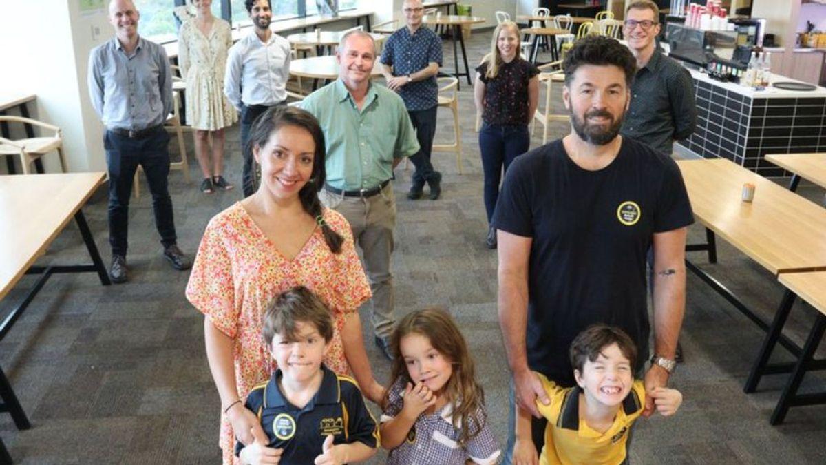 El extraño caso de los tres niños australianos inmunizados del covid pese a dormir con sus padres infectados