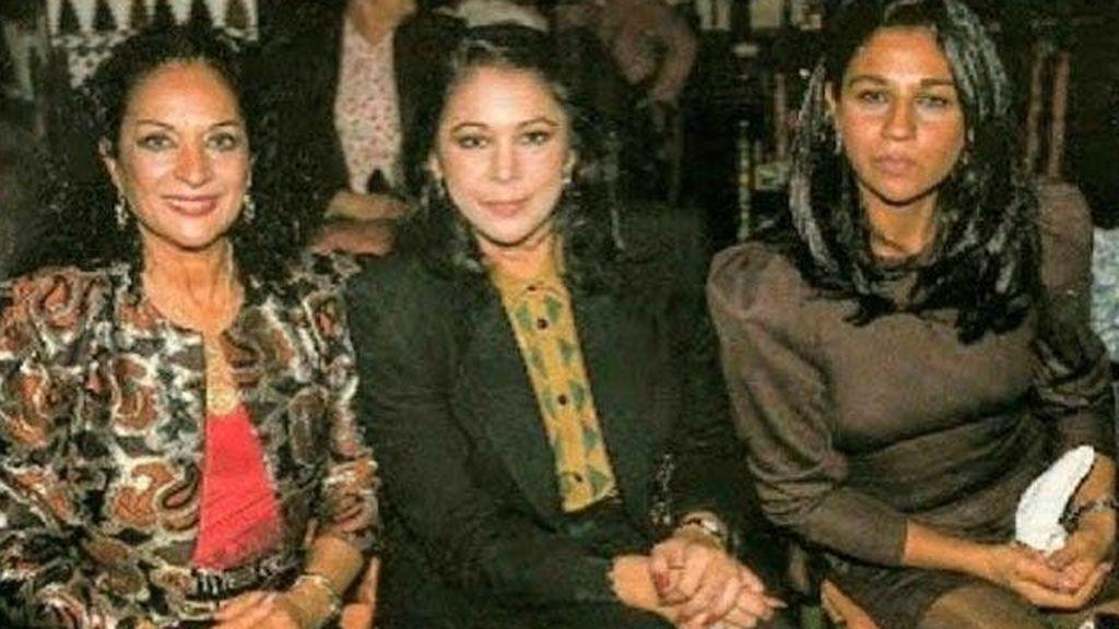 Lola Flores con Isabel Pantoja y su hija Lolita
