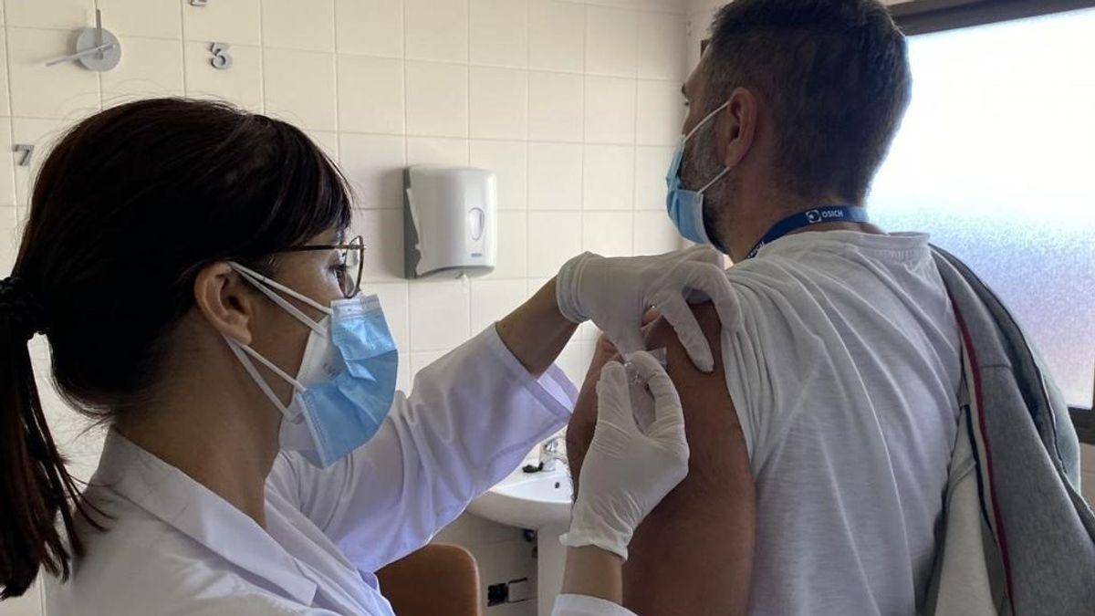 Un estudio confirma la hipótesis de que la vacuna de la triple vírica protege contra la covid-19