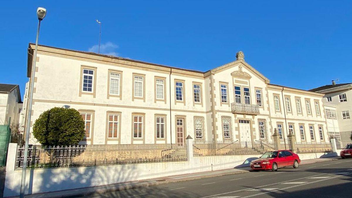 La Xunta toma el control de la residencia de mayores de Vilalba, en Lugo, al sumar 132 positivos