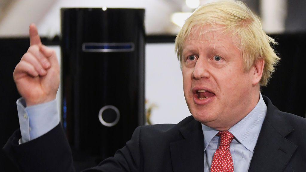 El gobierno británico quiere congelar el sueldo de los funcionarios durante tres años