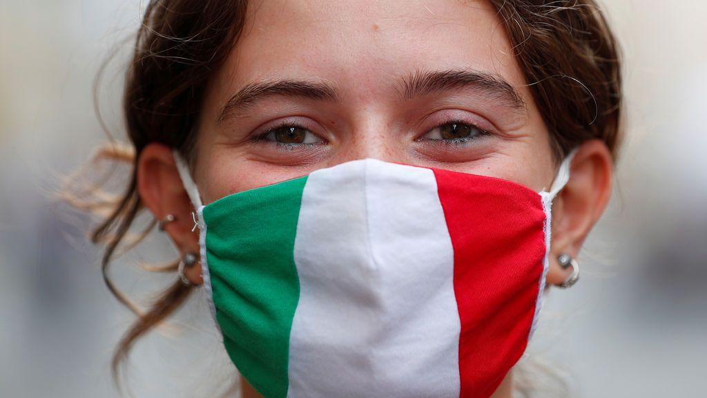 Italia informa de 34.767 nuevos contagios y 692 muertes por coronavirus en las últimas 24 horas
