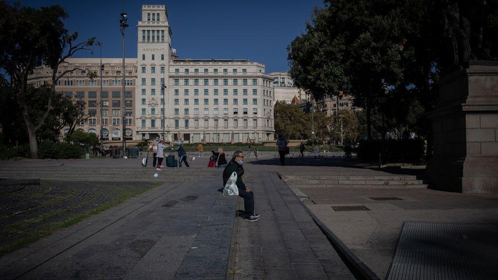 Sigue bajando el riesgo de contagio en Cataluña, pero no descienden las defunciones: 58 muertes y 1.126 positivos en el ultimo día