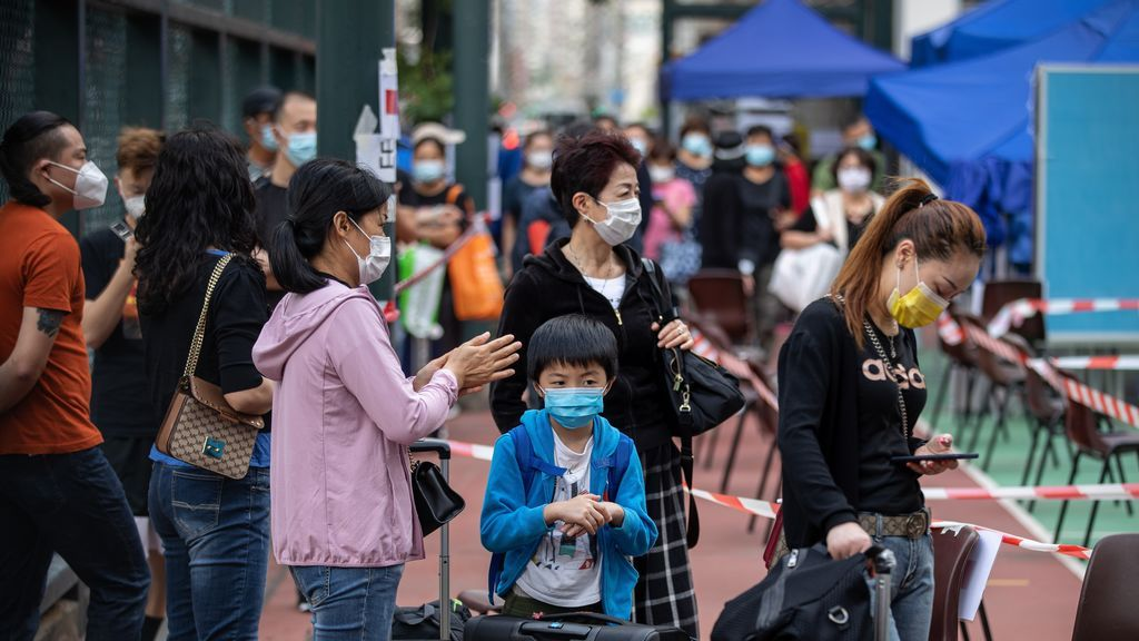 La medida para incentivar los test en Hong Kong: entregarán 540 euros a quienes den positivo por coronavirus