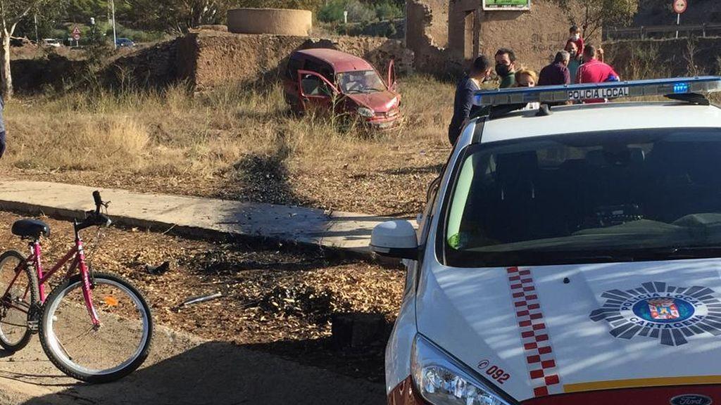 Un conductor se salta en un control policial y trata de escapar por la autopista en dirección contraria en Murcia