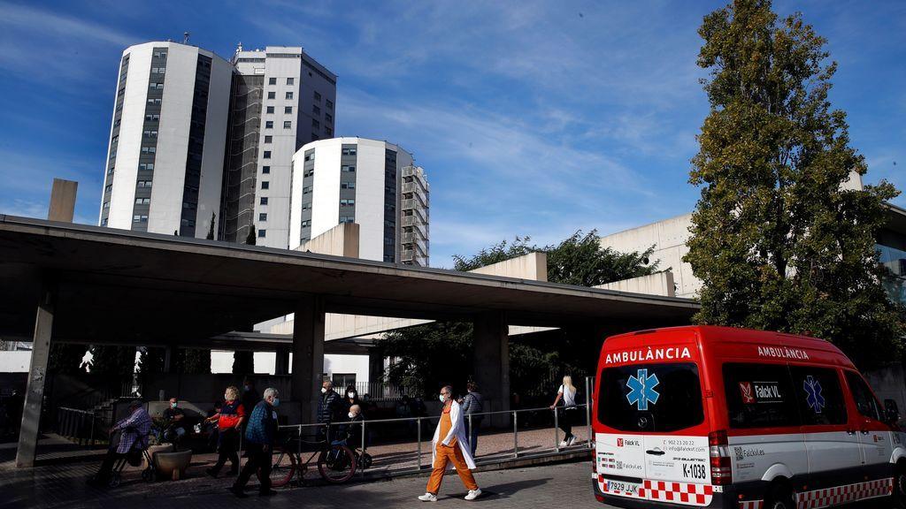 Cataluña sigue mejorando los datos: registra 1.204 casos y 58 fallecidos más pero baja el riesgo de rebrote