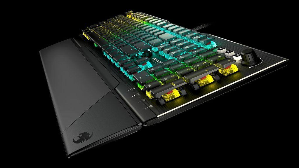 Roccat Vulcan Pro: teclado de gaming a la velocidad de la luz