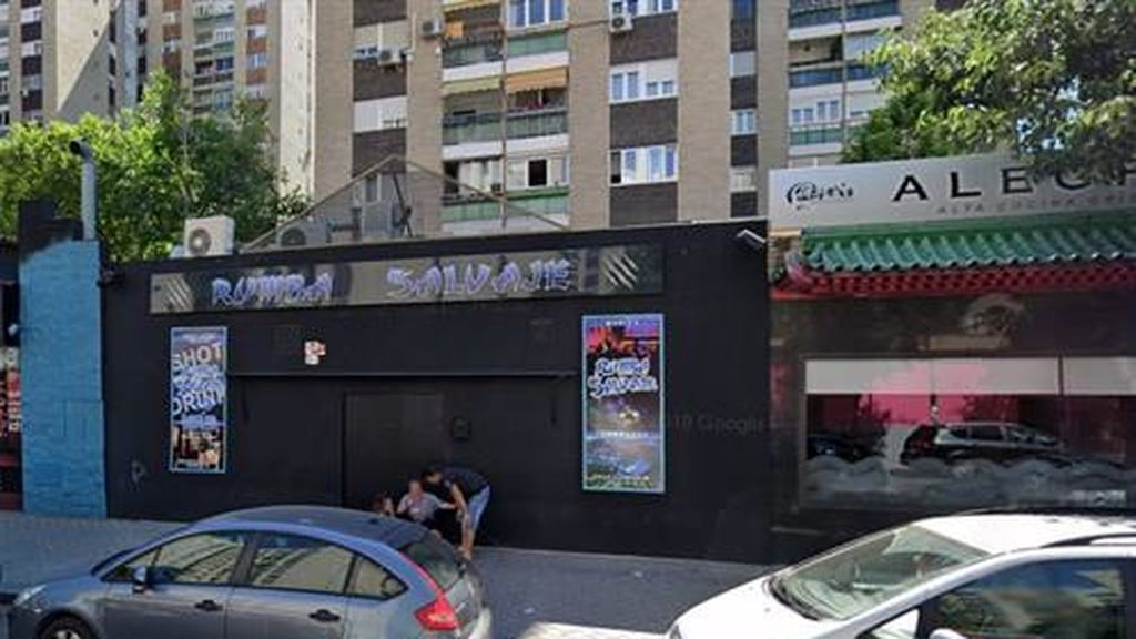 Tres policías heridos en el desalojo de una fiesta ilegal en un discoteca de Madrid