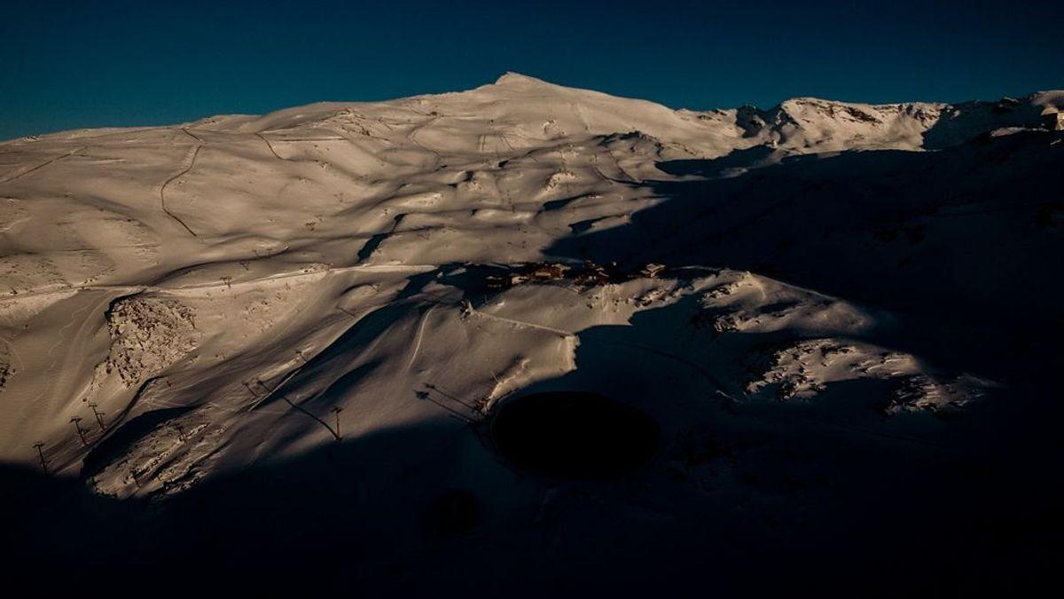 """Sierra Nevada pospone la apertura de la estación de esquí hasta """"que las condiciones lo permitan"""""""
