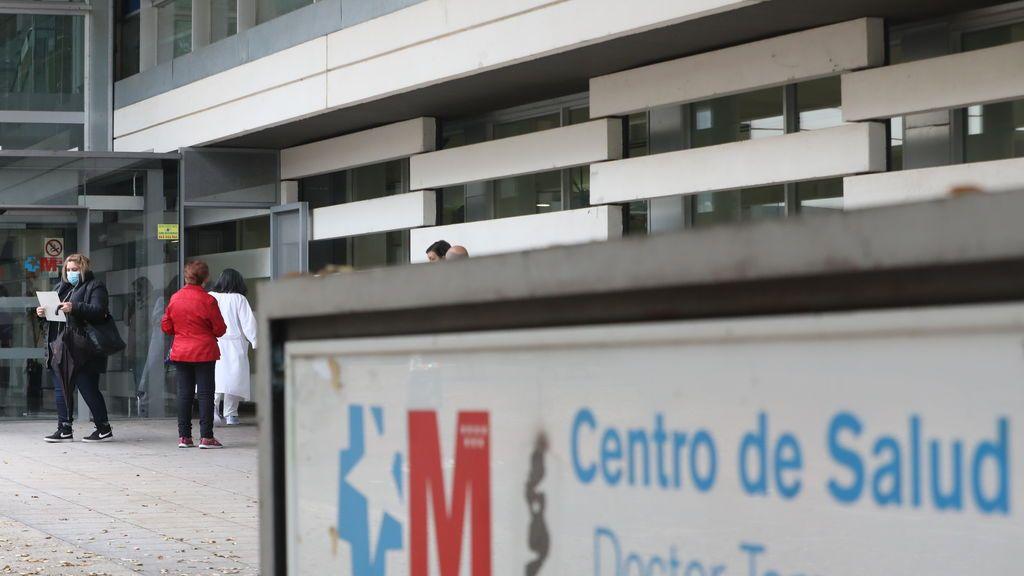 Los 13.000 puntos de vacunación de Sánchez son los centros de salud y su personal está desbordado???¿¿¿?