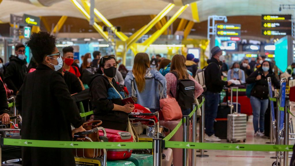 Viajar al extranjero: Qué países imponen restricciones a España por el coronavirus y de qué tipo