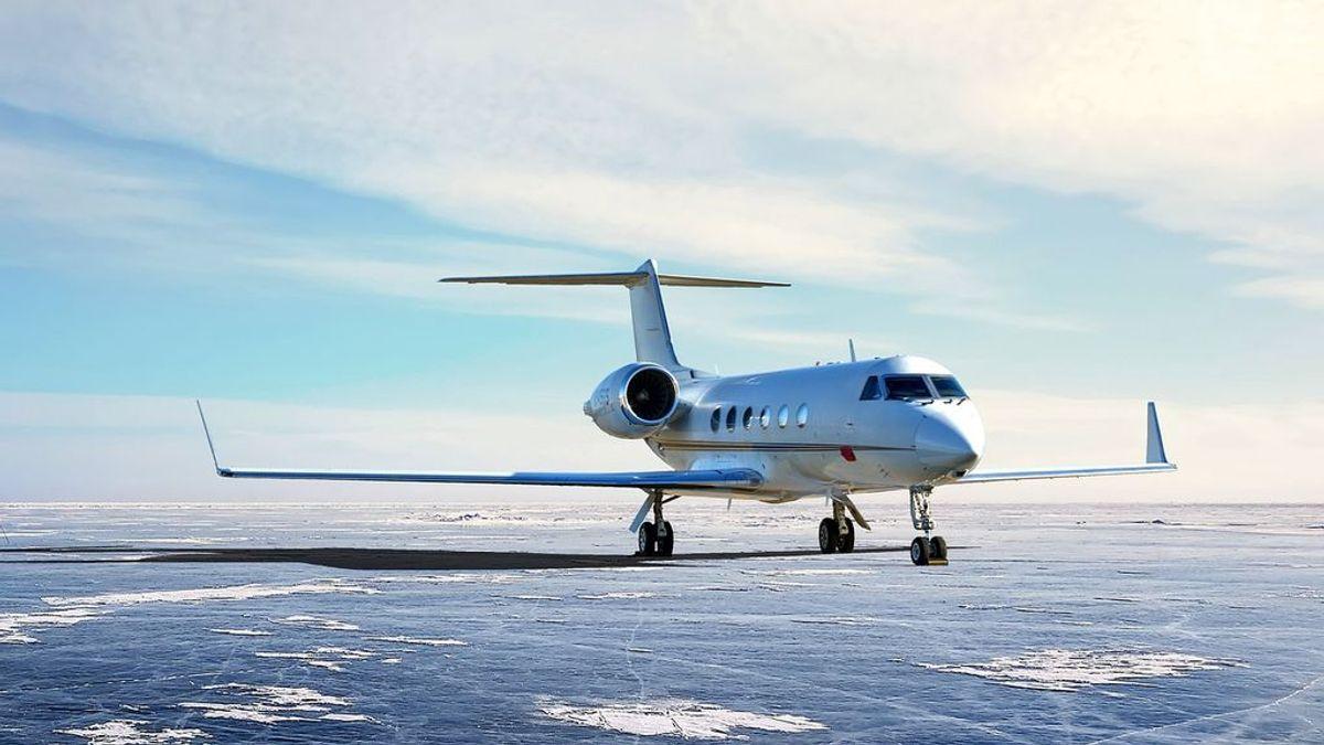 Así son los jets privados con los que surcan los cielos Angelina Jolie o Arnold Schwarzenegger