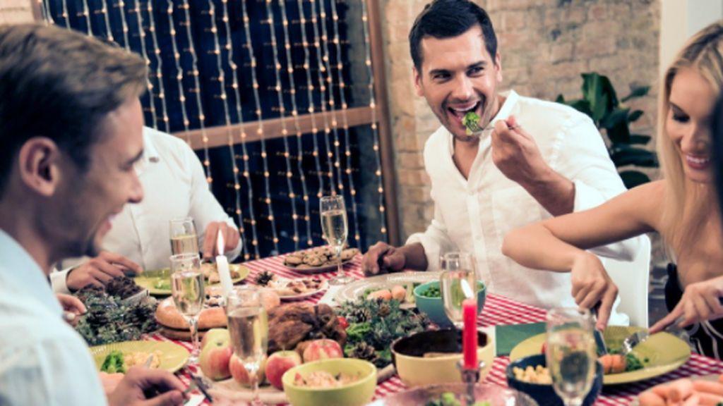 El Plan de Navidad del Gobierno: Cenas de Nochebuena y Nochevieja  de seis personas  y toque de queda a la una