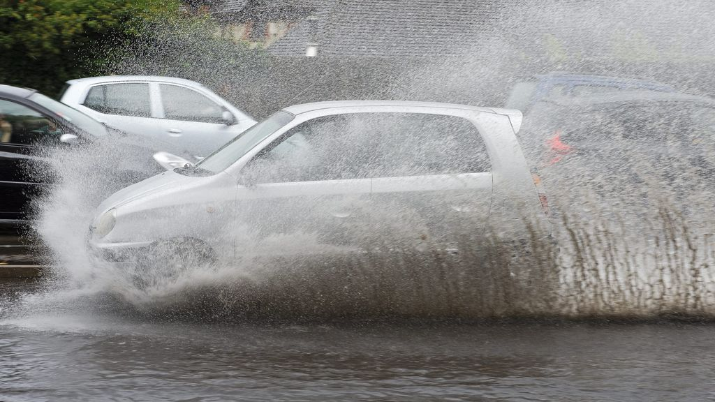 Aviso especial de la Aemet: se avecina un fuerte temporal de lluvias y viento a España