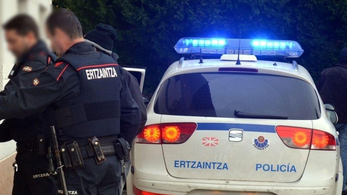 Una mujer, en estado grave tras ser acuchillada por su pareja en San Sebastián