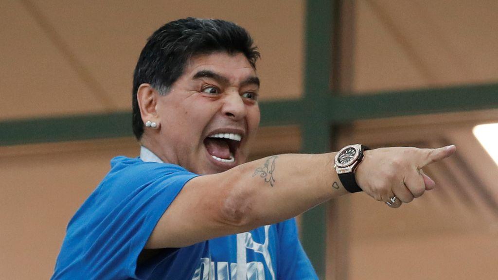 La vida de una leyenda en imágenes: eterno Maradona