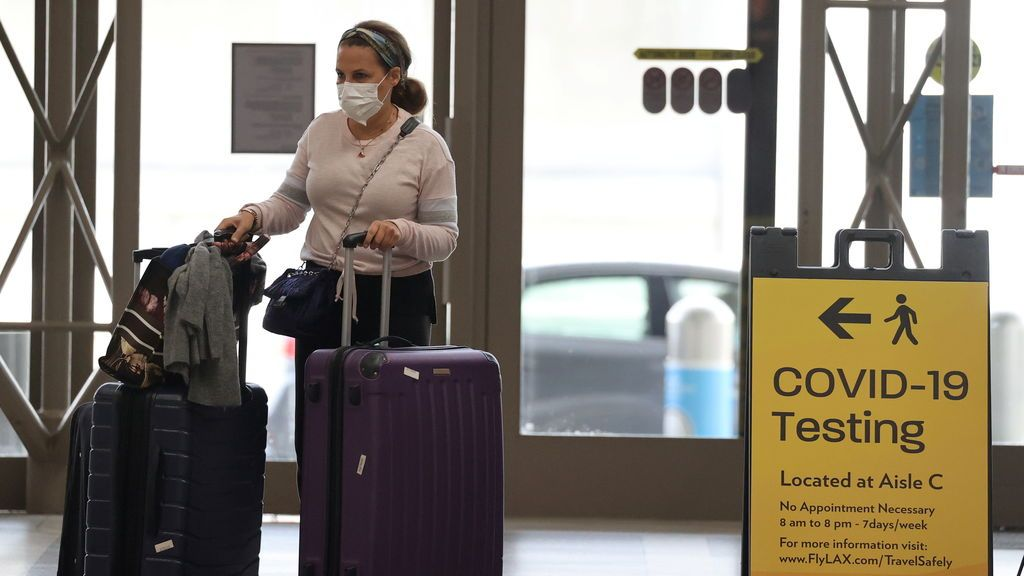 Estados Unidos estudia levantar las restricciones a viajeros procedentes de Europa