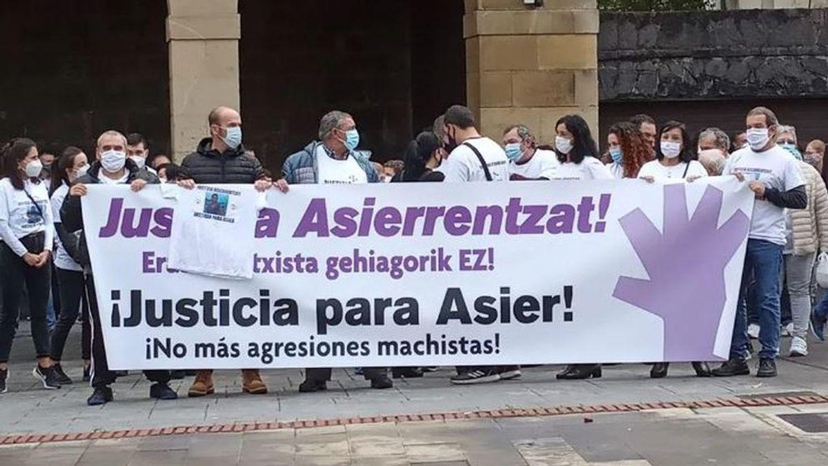 Pueblo de Urnieta (Gipuzkoa) pide que Asier Niebla sea considerado víctima de género