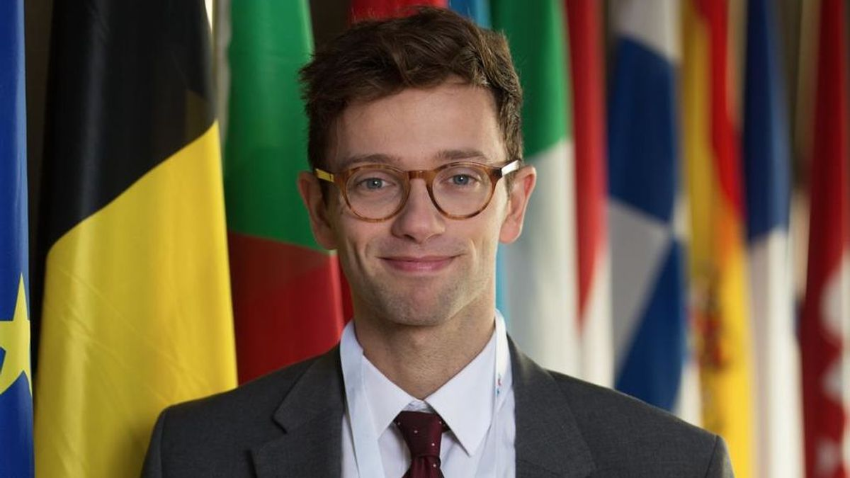 Samy (Xavier Lacaille) en 'Parliament'