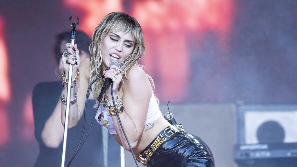 Miley Cyrus temió morir con 27 años por sus problemas de adicción al alcohol