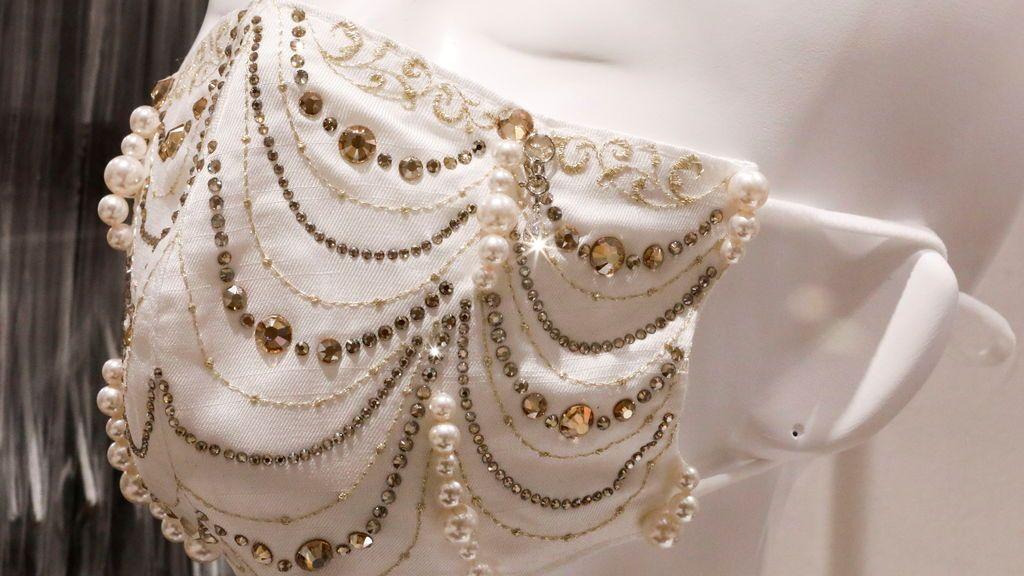 Una empresa japonesa ofrece mascarillas con diamantes y perlas a 8.000 euros