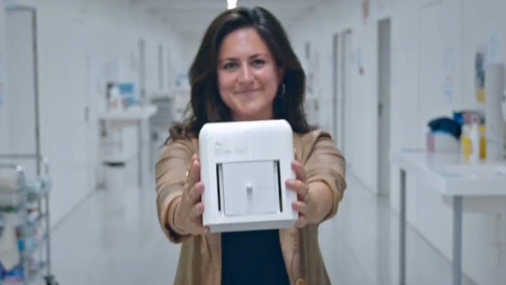 El invento de una joven española para detectar el cáncer de mamá