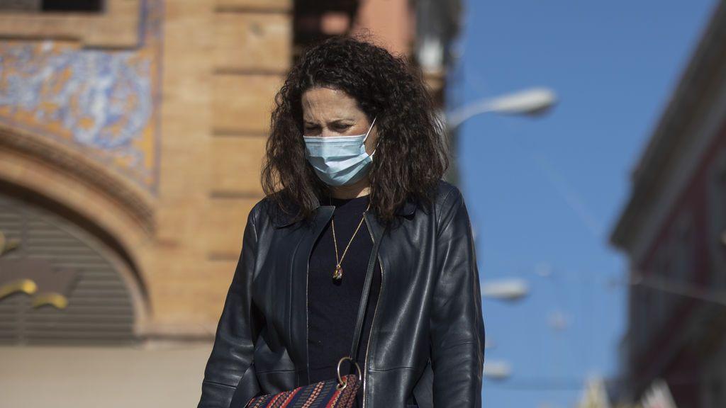 Sanidad ya calcula cuándo dejaremos de usar mascarilla: malas noticias