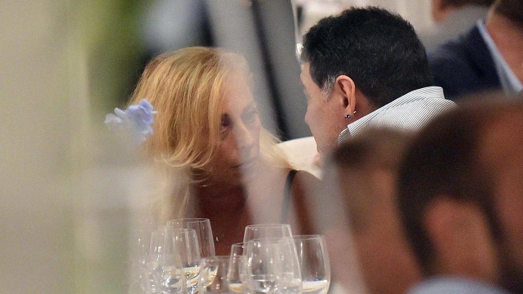 Diego Maradona con Cristina Sinagra