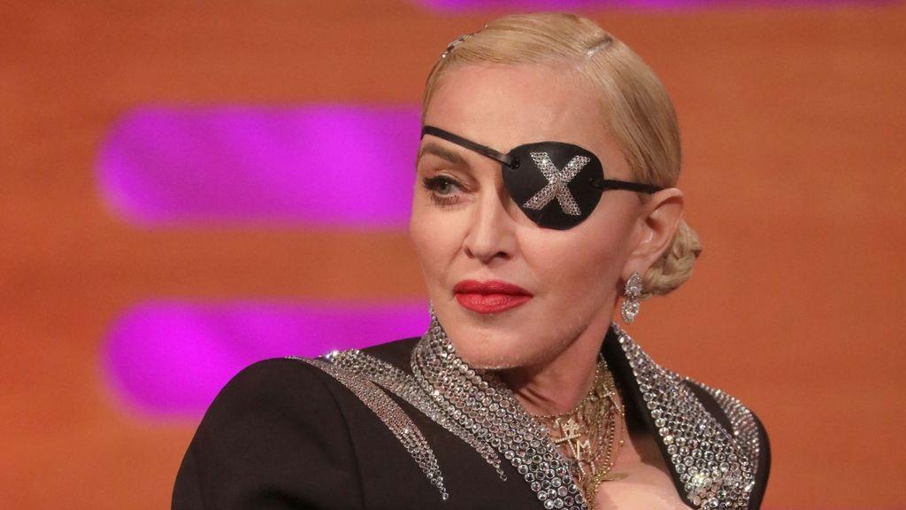 Twitter mata a Madonna por no saber leer