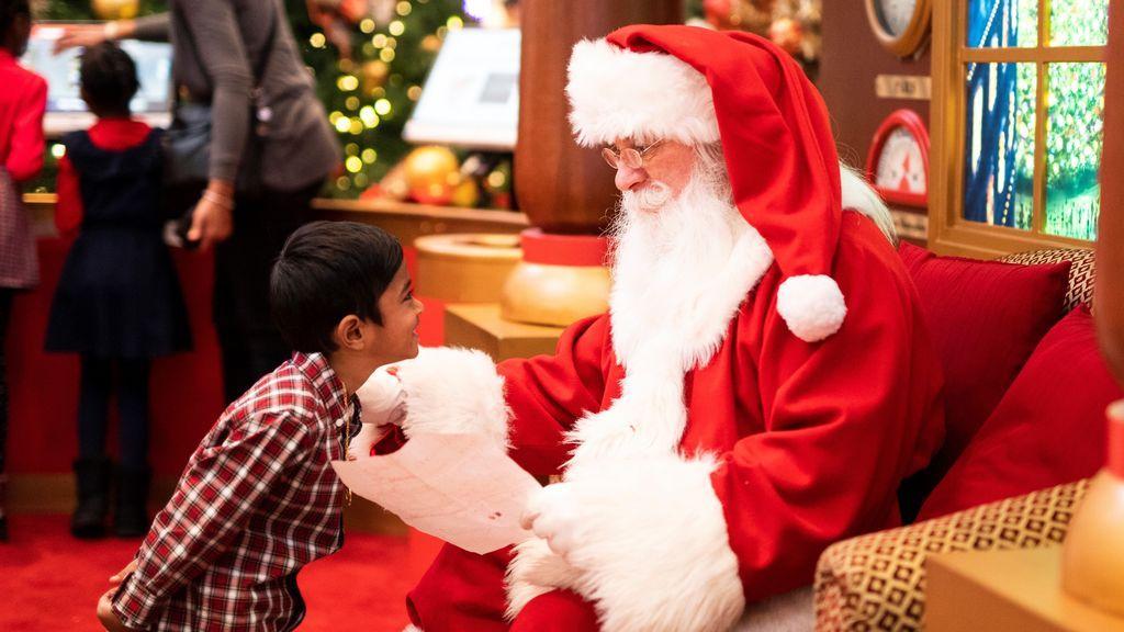 Boris Johnson responde a la pregunta más repetida entre los niños: ¿habéis pensado en la llegada de Santa Claus?