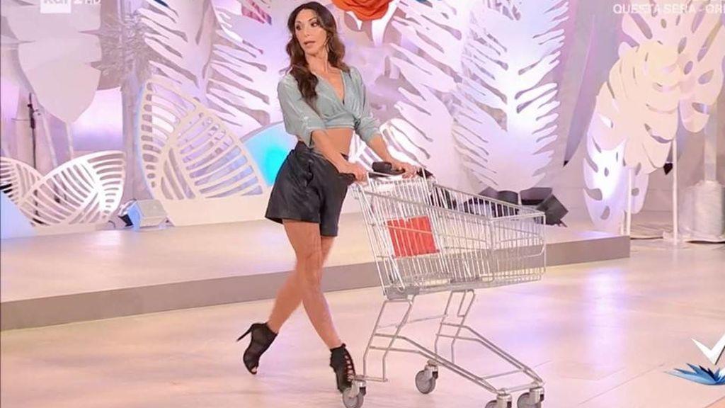 Suspenden el programa italiano que enseñaba a hacer la compra a las mujeres en modo 'sexy'