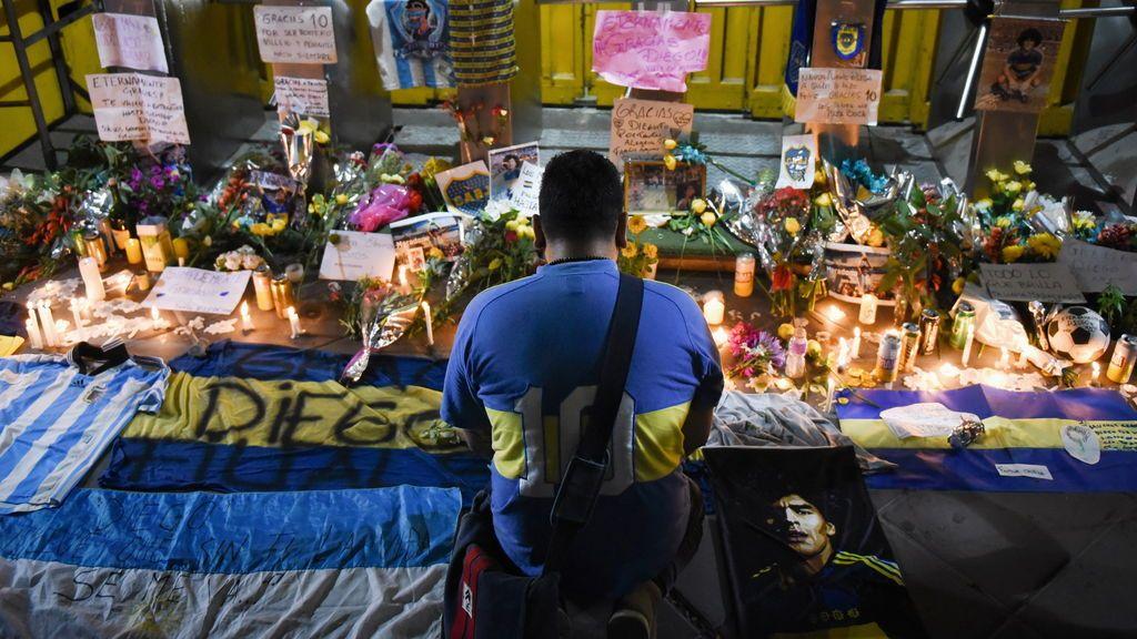 La reconstrucción de las cuatro últimas horas de Maradona: un vecino intentó salvarle la vida y terminó declarando por la muerte