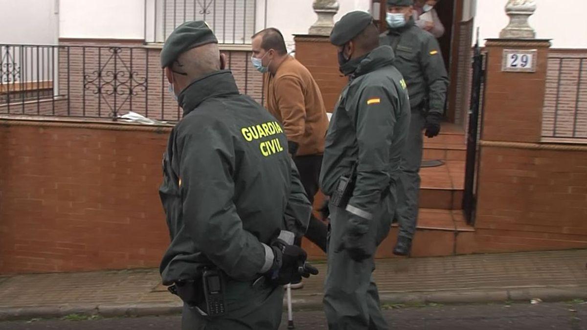 El presunto asesino de Manuela Chavero regresa al lugar del crimen para un registro de más de cinco horas