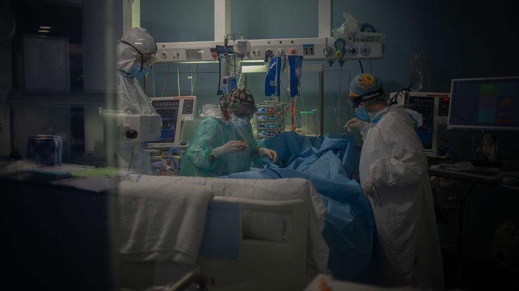 La covid ha matado en España a uno de cada cien infectados, sin contar la mortalidad en residencias