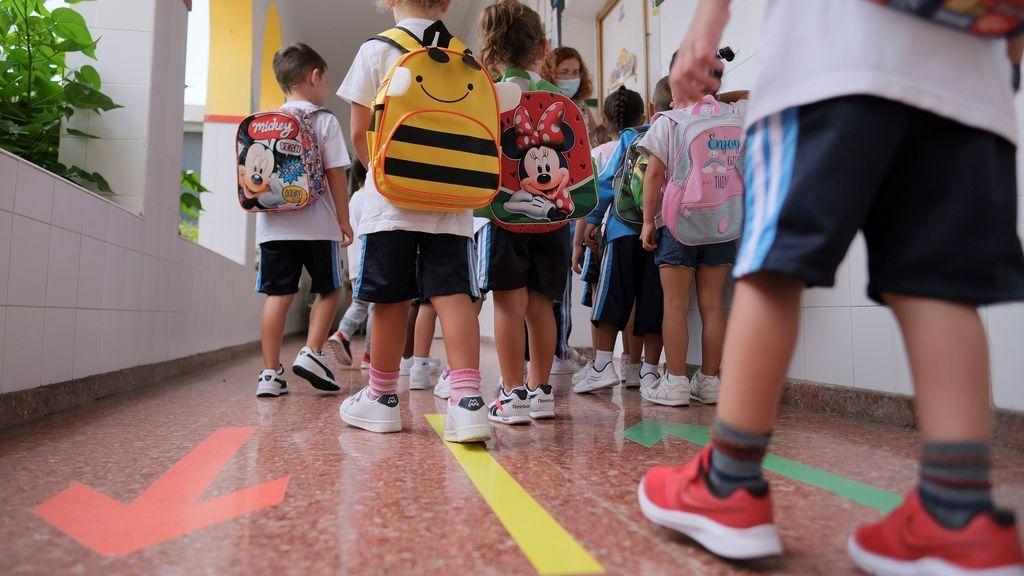 Sólo un 8% de los menores con covid transmiten la enfermedad, según estudio