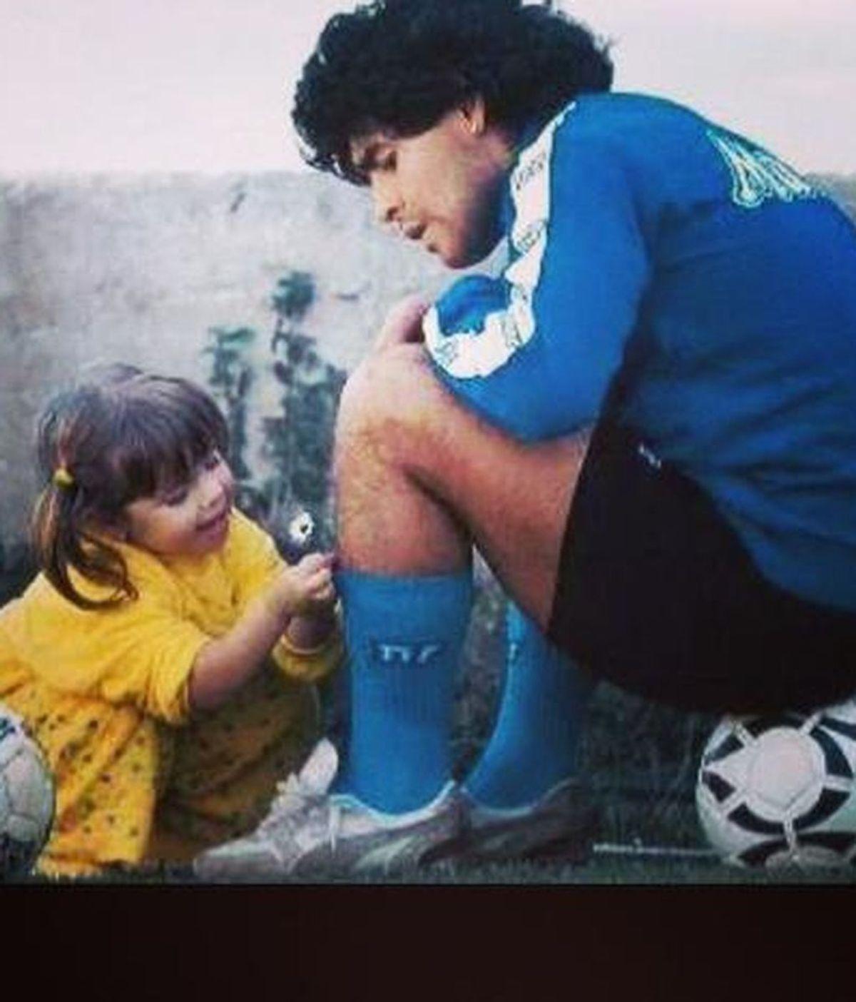 """Dalma Maradona, rota por la muerte de su padre, le escribe una carta: """"No me imagino como va a ser mi vida sin vos"""""""