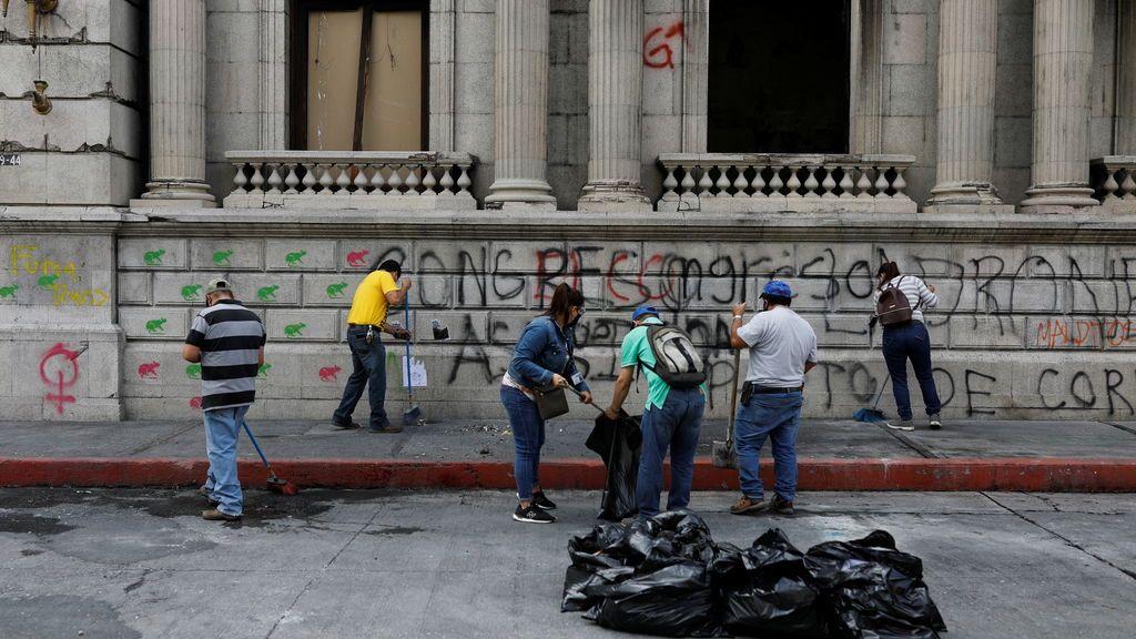 La OEA enviará a Guatemala una misión para mediar en la crisis política a petición de Giammattei