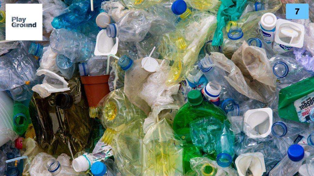 plastico fondo del mar
