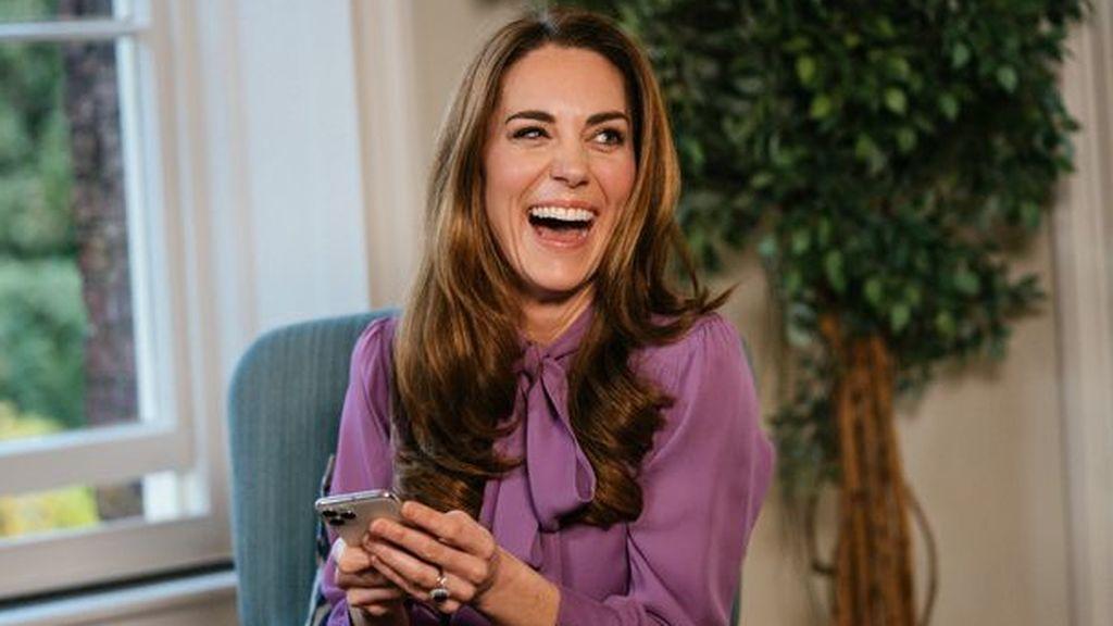 Kate Middleton revela accidentalmente cuáles son sus emojis favoritos