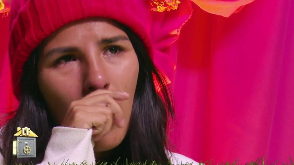 """Isa Pantoja llama a su madre y acaba entre lágrimas porque no quiere ponerse al teléfono: """"No me esperaba esto de ella"""""""