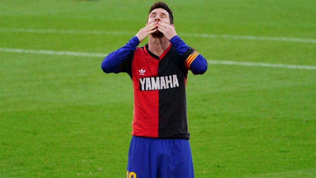 Leo Messi con la camiseta de Newell's Old Boys.