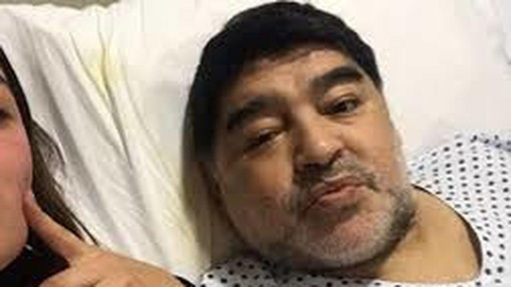 """Maradona se golpeó en la cabeza días antes de morir pero nadie en su casa le llevó al hospital: """"No fue asistido"""""""