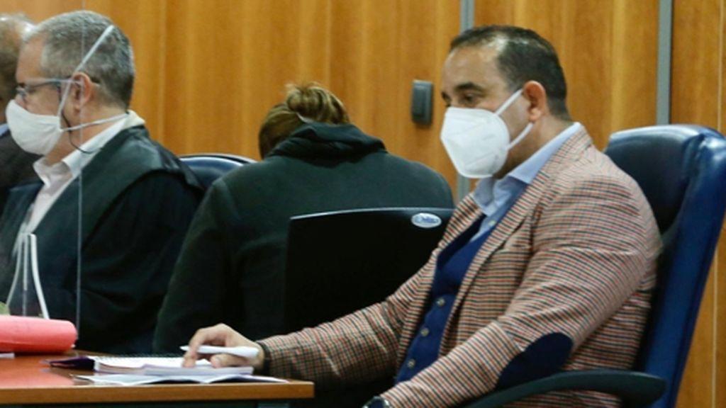 Condenan a 16 años de cárcel a la madre que dejó morir a su bebé en casa sola durante un mes