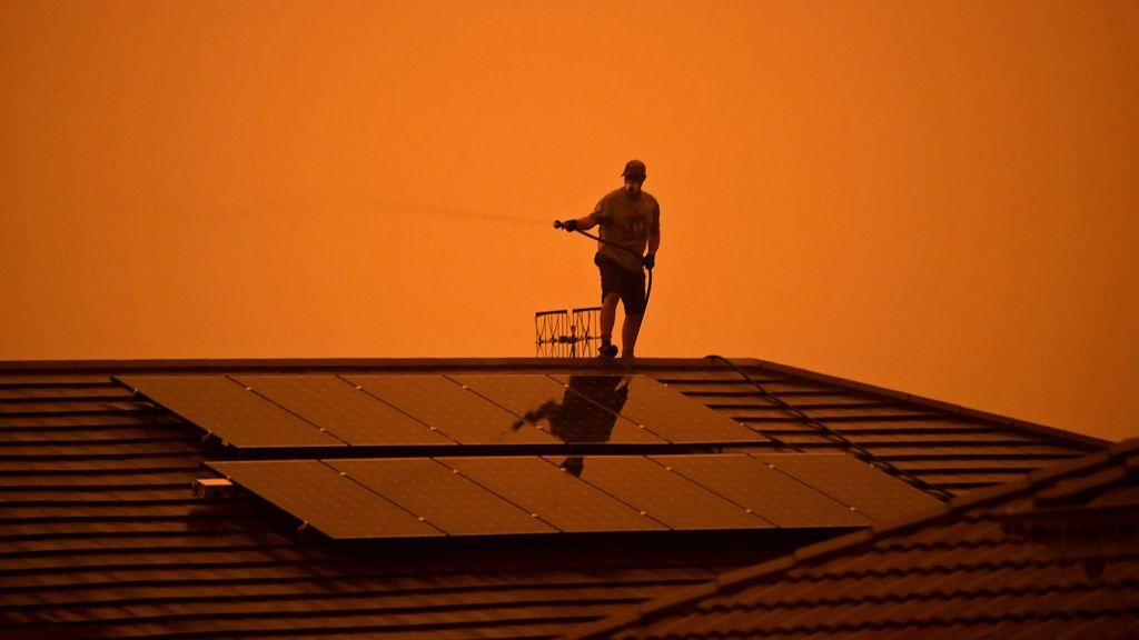 Los incendios se descontrolan en Australia a temperaturas que superan los 45 grados