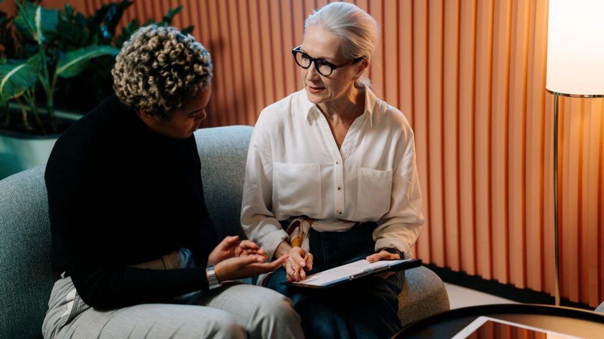 Favorecer la convivencia entre generaciones y ser empleable a los 50: claves para empresas y seniors